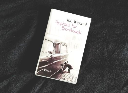 kai-weyand-applaus-fc3bcr-bronikowski