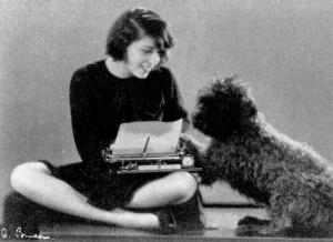 RLY_Hund_Schreibmaschine_Aus Der Adlerhorst, 1929-1