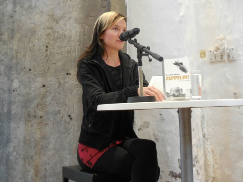 Anja Kümmel liest